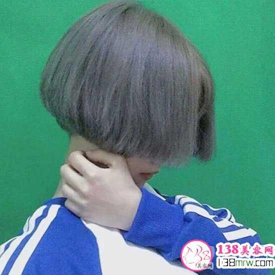 奶奶灰发色+波波头短发